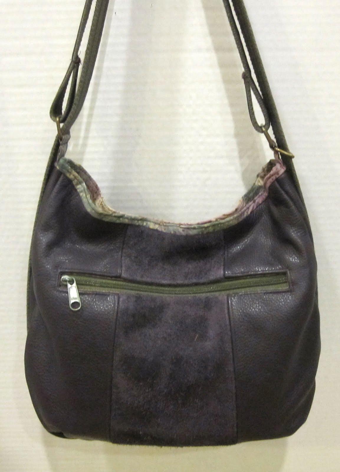 a3d841bfa0d8 Leather Purse