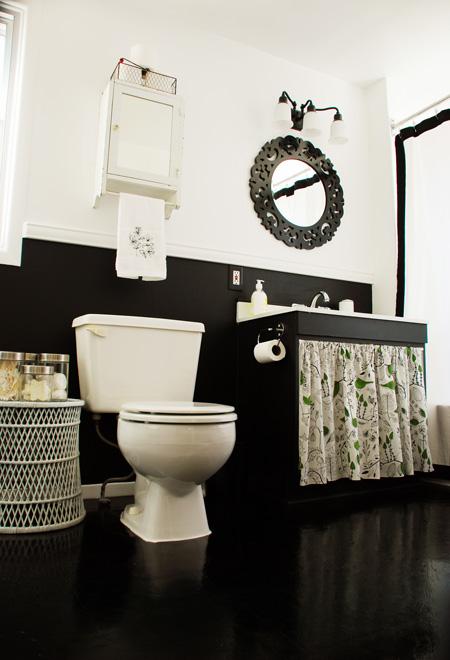 Beadboard wainscoting bathroom