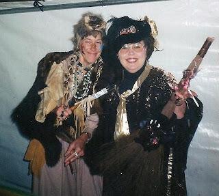 Gaelyn & Toni Halloween Eagles Cliff Washington