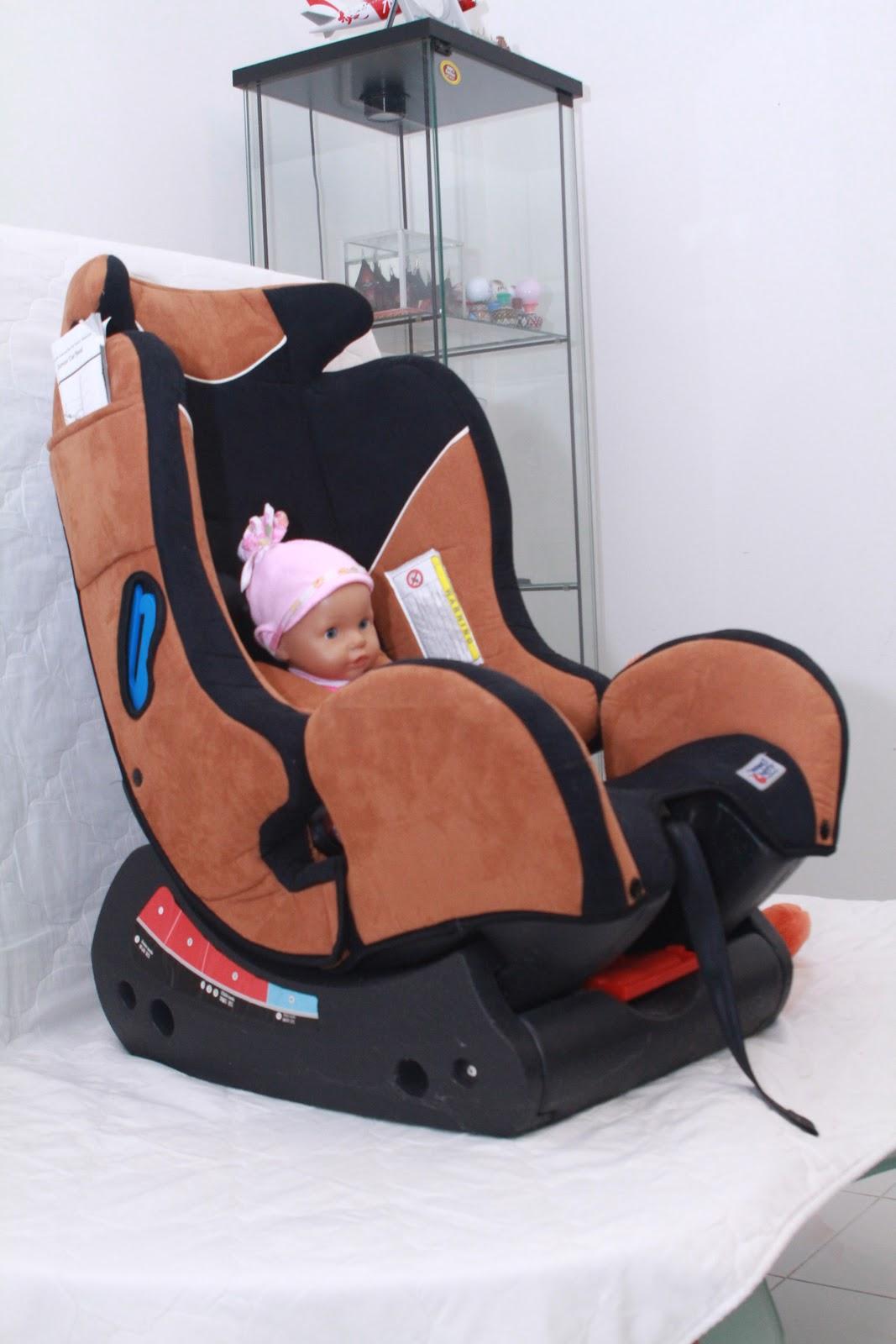 my garage sale sale no 2 used car seat sold. Black Bedroom Furniture Sets. Home Design Ideas