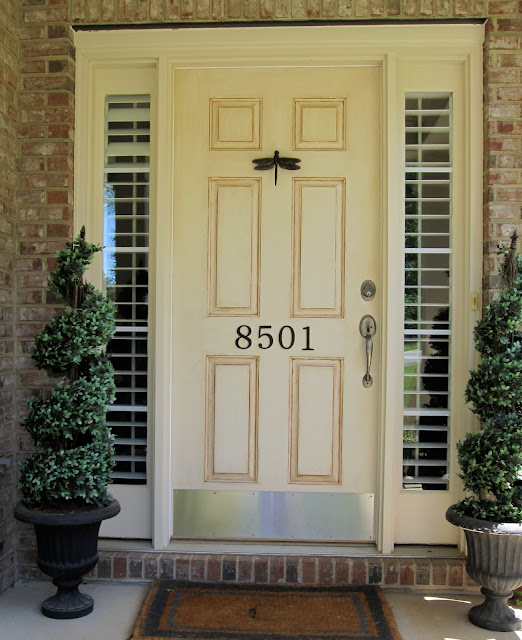 What First Impression Does Your Front Door And Walkway: First Impressions