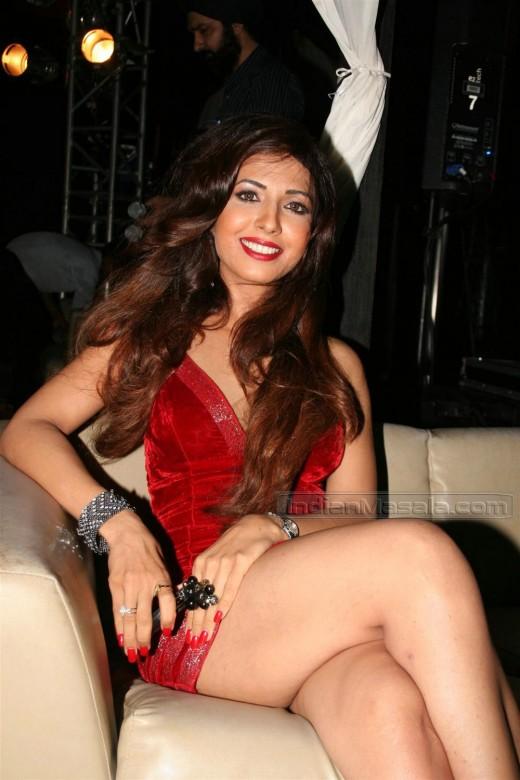 Mumbai super hot desi girl with big ass selfee shoot - 3 3