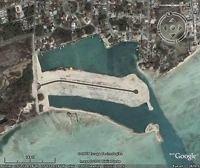 Foto Lucu Dan Aneh Ini Diambil Dari Google Maps Ada Yang Terekam Hantu Ada Mobil Yang Melayang Dan Lain Lain