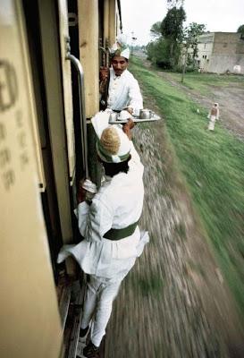 37 Foto Kelakuan Konyol Orang India Ini Akan Membuat Anda Tertawa Tanpa Henti