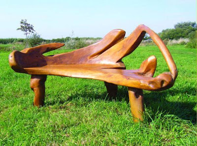 Here are some creative garden bench furniture plans for you