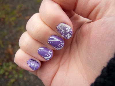 NAIL ART DESIGNS cute purple flower nail designs