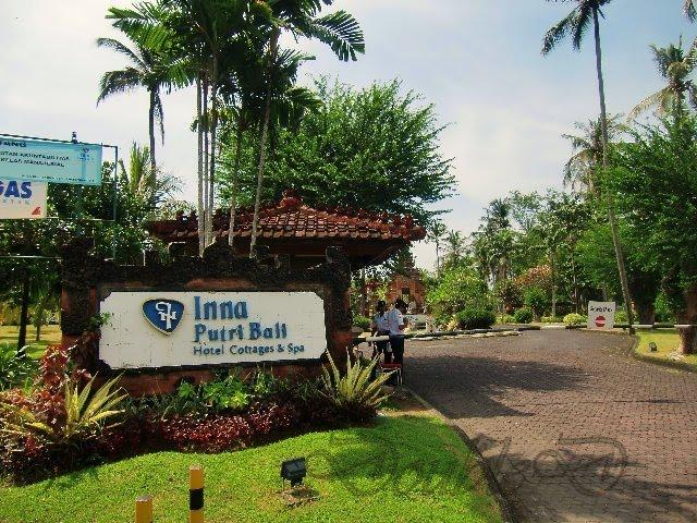 Life In 3 D Bali Inna Putra Bali