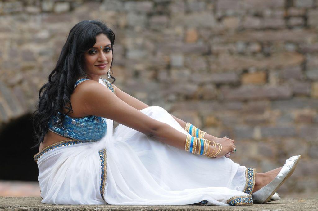 Tags actress vimalaram...