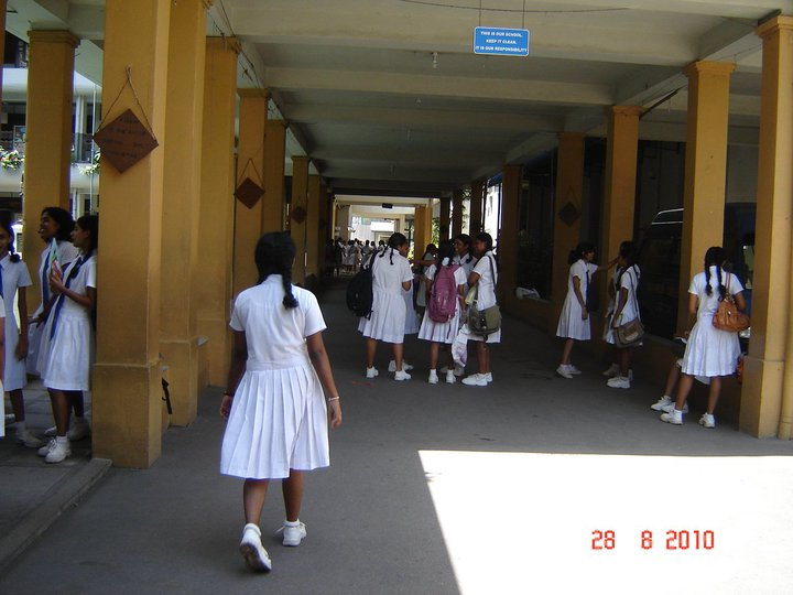 Sri Lankan Teen Girls Sri Lankan School Teens-4122