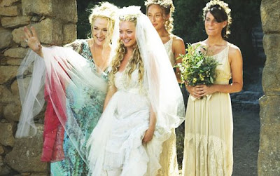 8cb95e68de3 My favourite part was the wedding as I just loved the wedding dress that  Sophie (Amanda Seyfried) wore and those that her bridesmaids wore too.  Observe