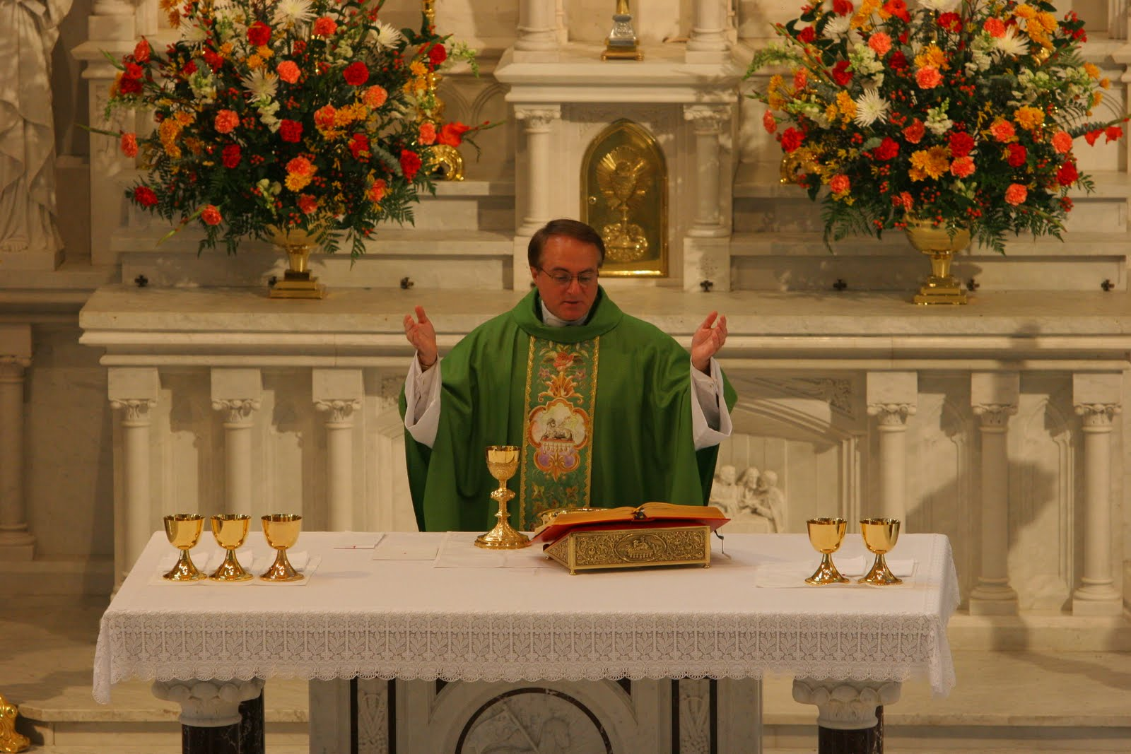 southern orders: THE ORDINARY FORM OF THE CATHOLIC MASS ...