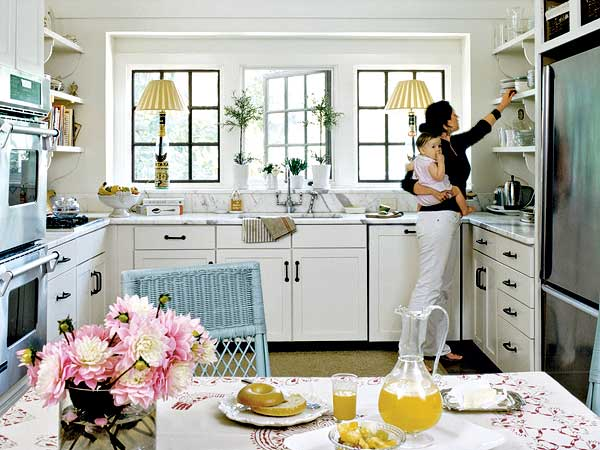 White cottage styled kitchen home design ideas for R kitchen confidential