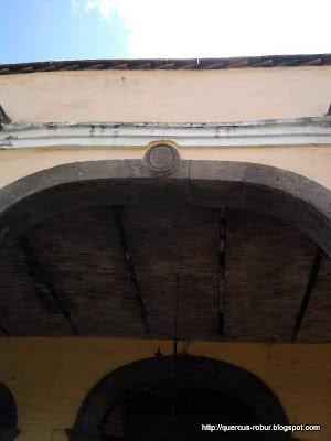 Inscripción en la arquería principal en ex hacienda la Quemada