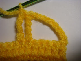 how to crochet a car appliqué - step #6