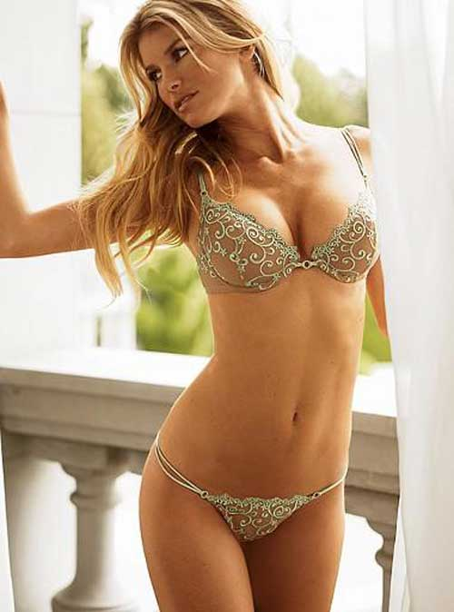WORLD SEXY GIRLS: Victorias Secret Models Marisa Miller