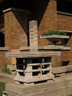 Fulsome Frank Lloyd Wright Frenzy 3
