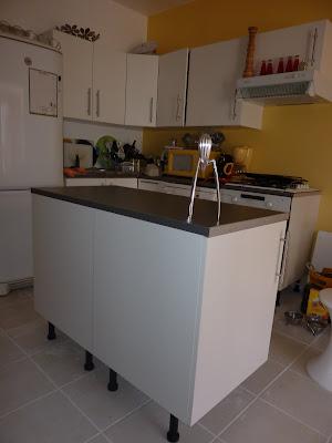fabriquez un lot central pour votre cuisine initiales gg. Black Bedroom Furniture Sets. Home Design Ideas