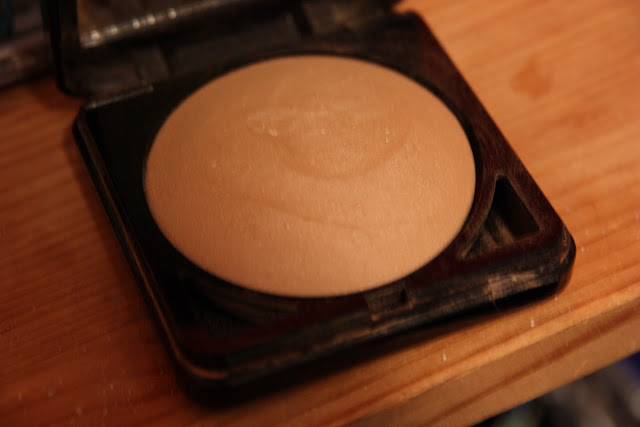 Alva : Organic baked foundation powder Review !