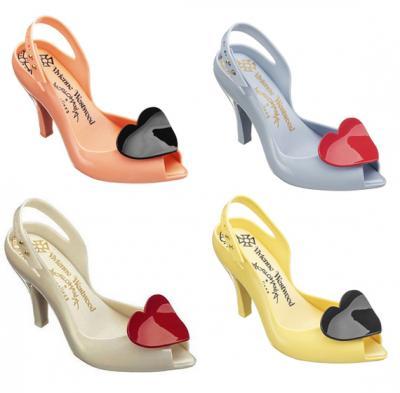 https://3.bp.blogspot.com/_5ynlu2lNnv4/TSfQ9JBsNjI/AAAAAAAAAVY/WYzsAenRxMQ/s1600/westwood_melissa_shoes.jpg