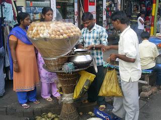 Calcutta Phuchkas     and the world of Bengali nicknames