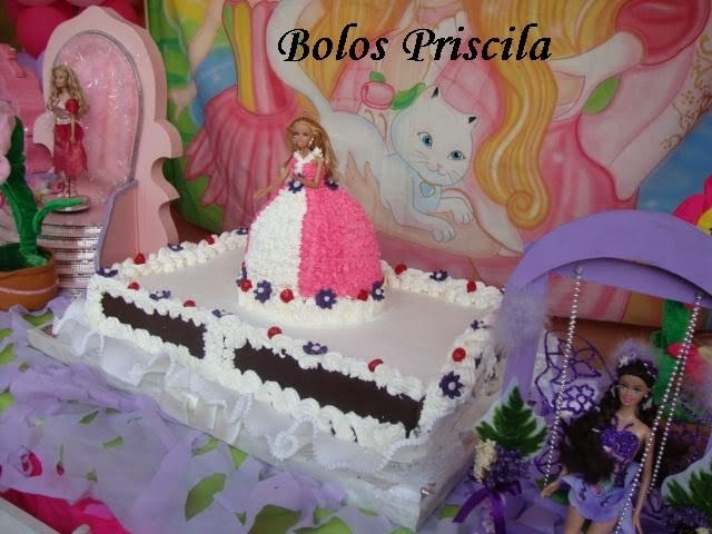 """Mesa De Feliz Aniversario Bolo Para Sobrinha Imagens: Bolos Priscila Beneducci Pâtisserie: """"bolo Boneca"""", """"bolo"""
