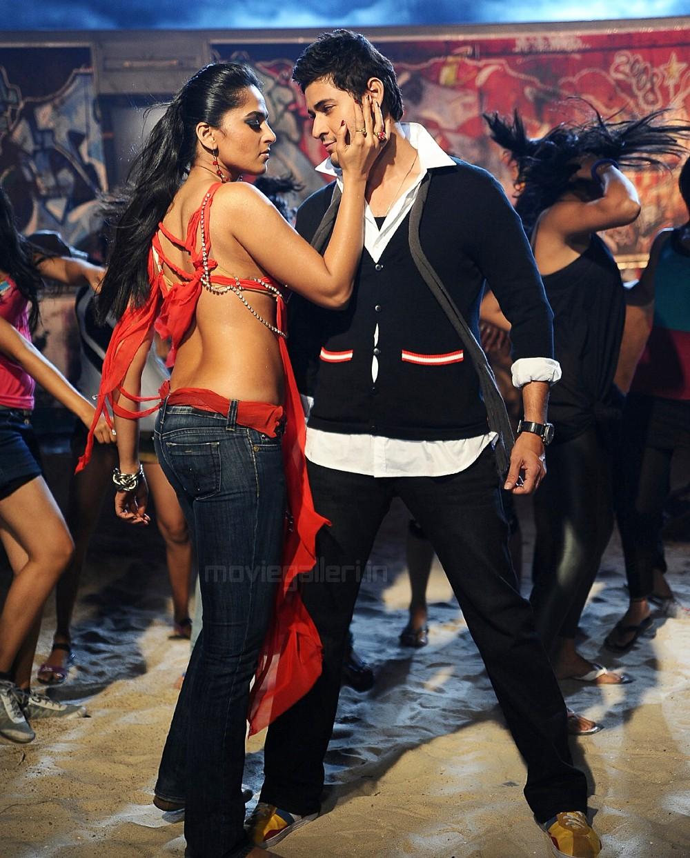 Ajith Kumar Hd Wallpaper Mahesh Kaleja Actress Anushka Hot Wallpapers Anushka