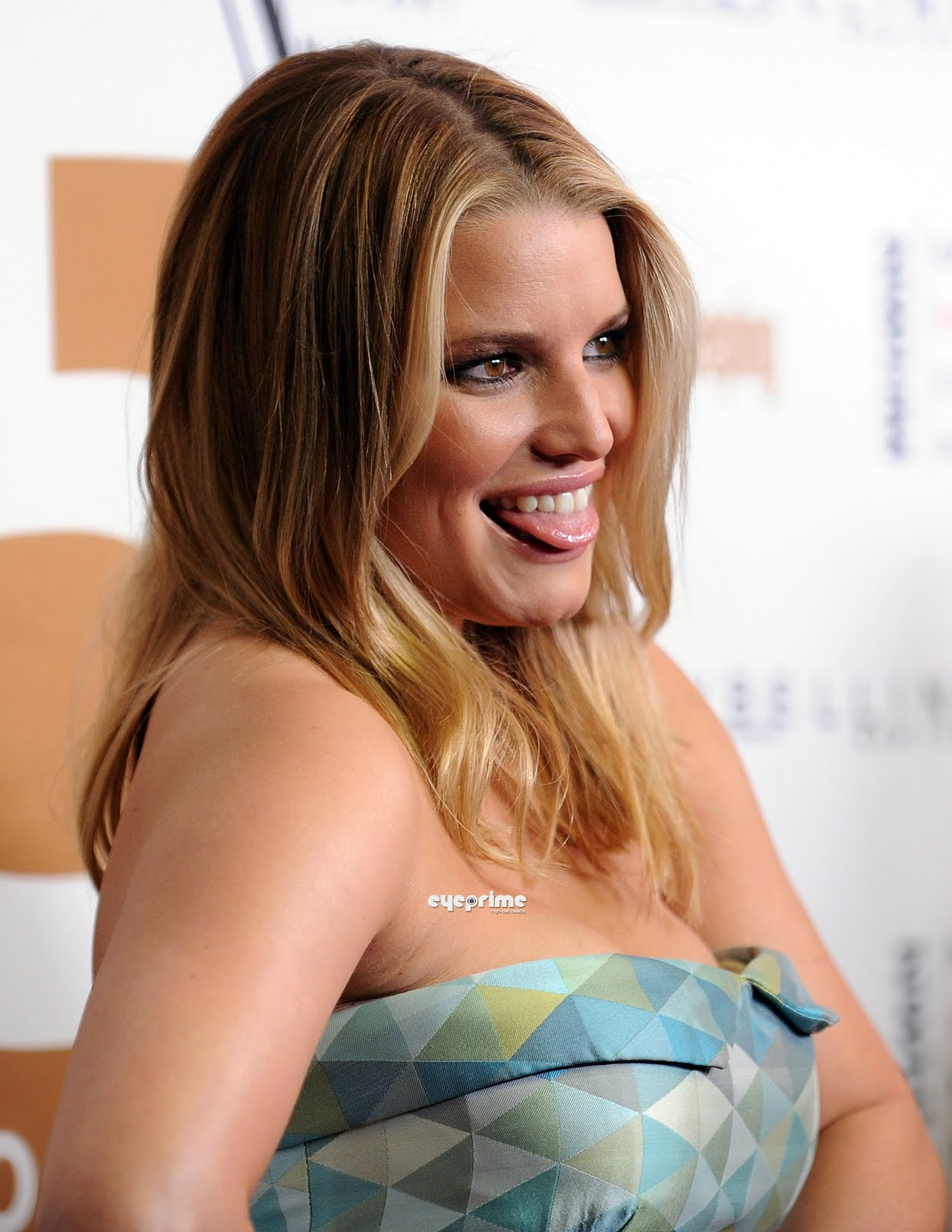 Wallpaper World: Jessica Simpson is Sexy Ledy and Beautiful Actress in Hollywood