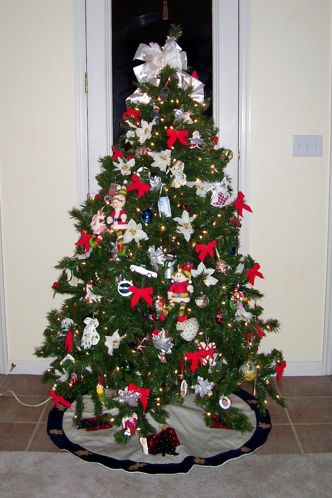 Elf Mischief - Mission Christmas Tree