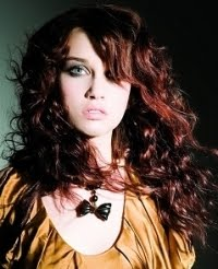 Upang Hair Style Messy Glam Rock Curly Hairstyles