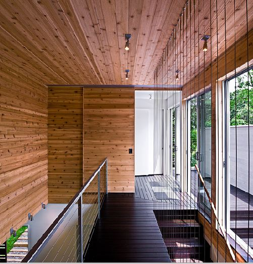 Second Floor Deck Ideas: ARCHITECT-TOUR: A SMALL MODERN VACATION HOME BUILT ON SOME