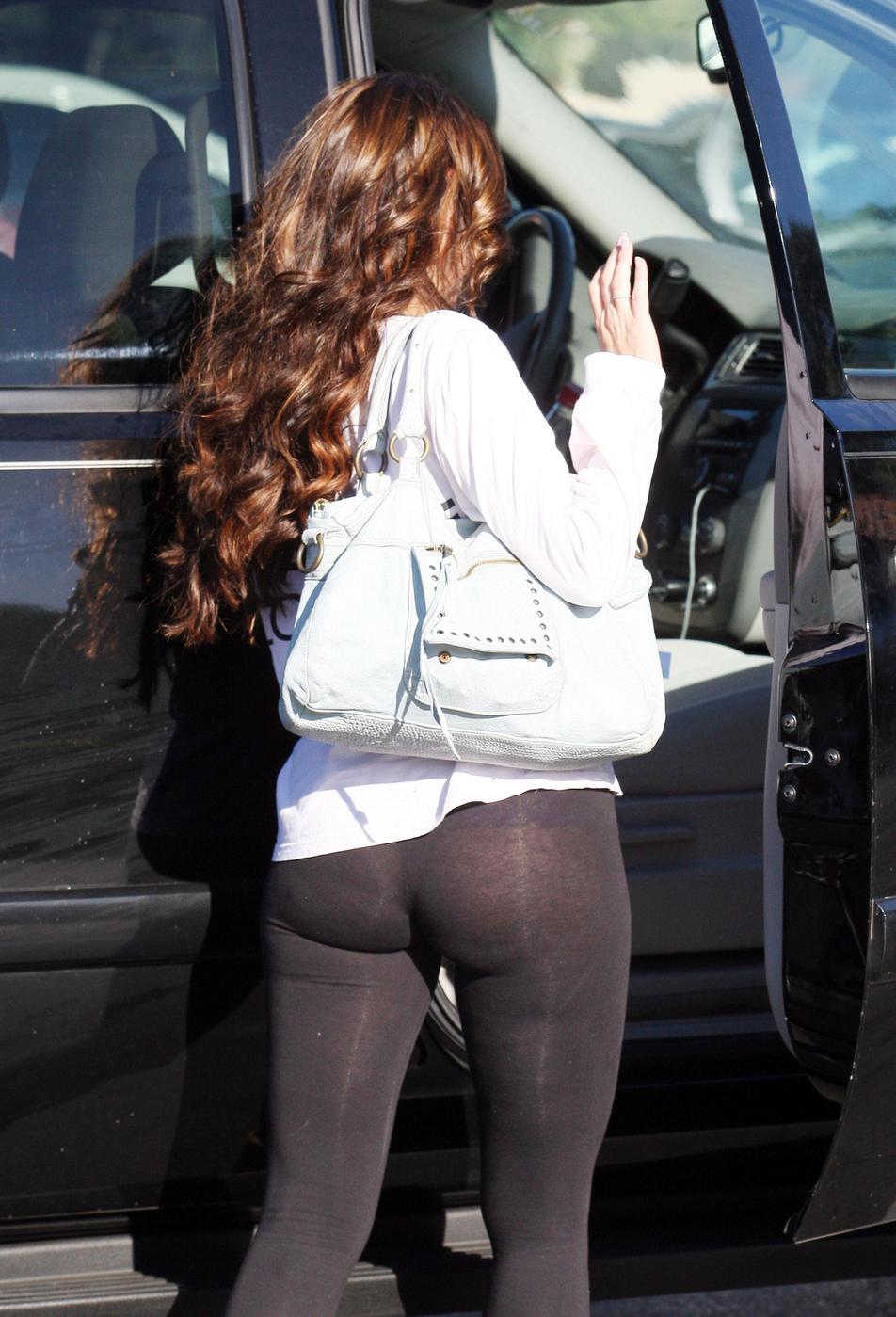 Jennifer Love Butt 26