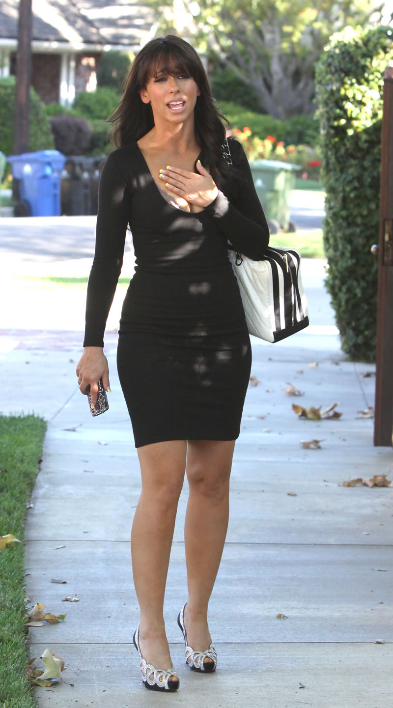 Jennifer Love Hewitt Upskirt 28