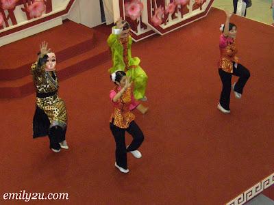 Happy Prosperity CNY Dance @ Kinta City, Ipoh