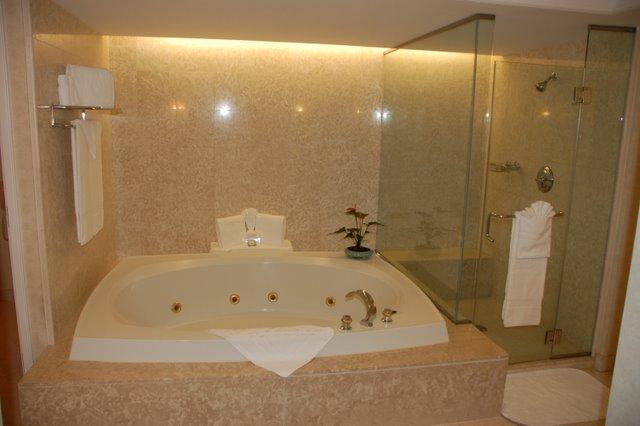 royal hills november 2010. Black Bedroom Furniture Sets. Home Design Ideas