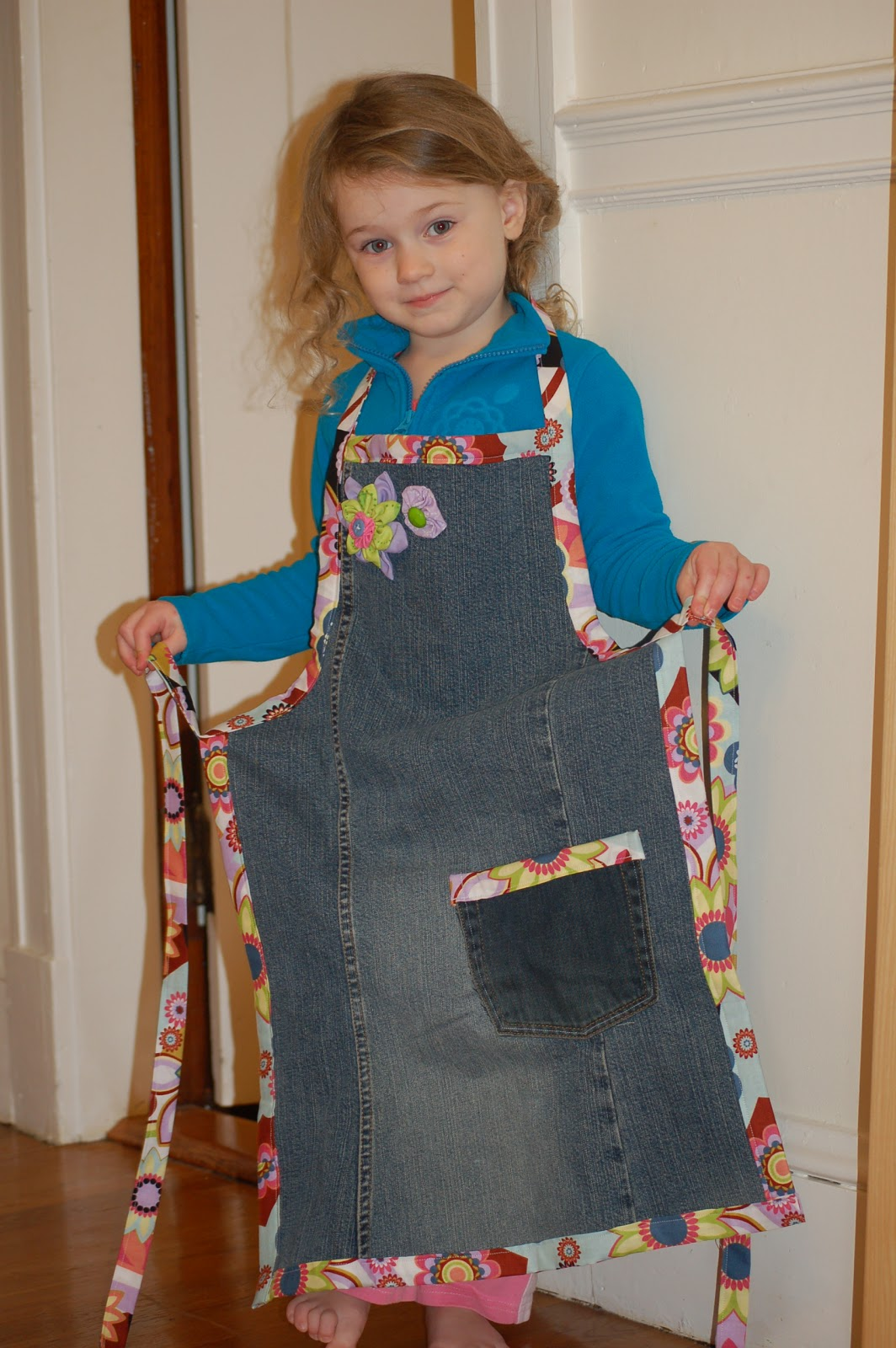 Lady Jean Campbell Is The Next Top British Model: Diary Of A Crafty Lady: Jean Apron
