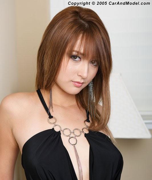 Leah Dizon Nude Photos 22
