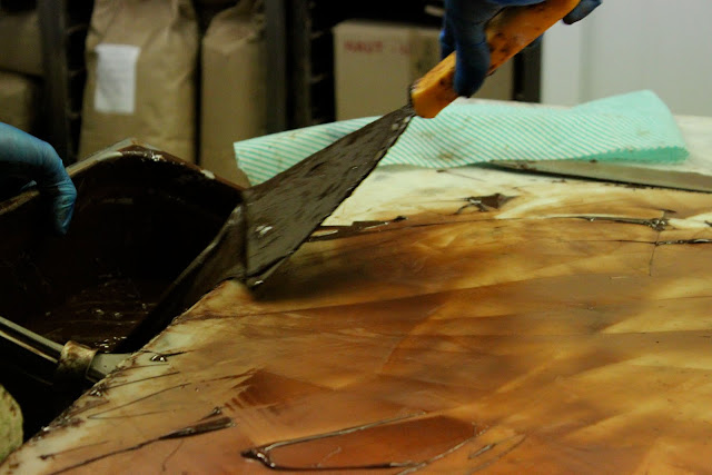 tempering chocolate, Scraping it off the marble