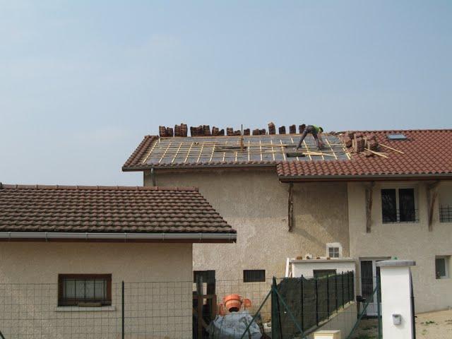 4 murs un toit et nous pare pluie pos. Black Bedroom Furniture Sets. Home Design Ideas