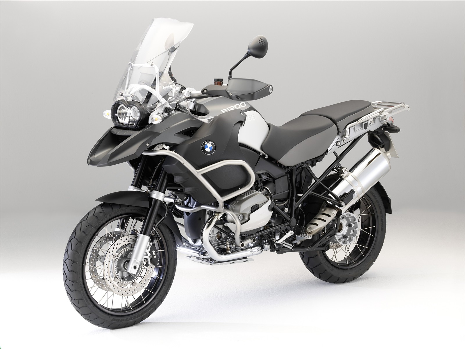 http://3.bp.blogspot.com/_71VYESfu88A/SwIGEMz-FcI/AAAAAAAABNc/T_QS-JL0YSA/s1600/The-New-BMW-R-1200-GS-Adventure-29.jpg