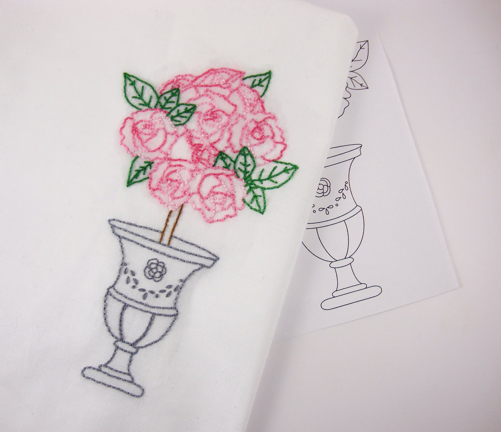 Big b roses embroidery pattern packet