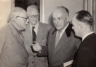 Georg Pniower and colleagues