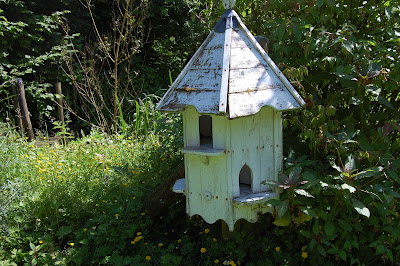 traditional bird house @ Charade