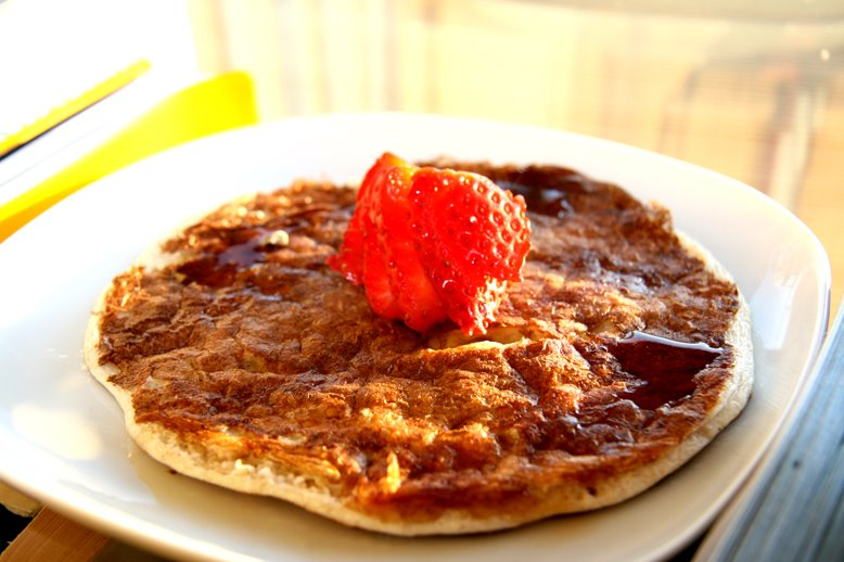 :: Oh so oaty pancakes!