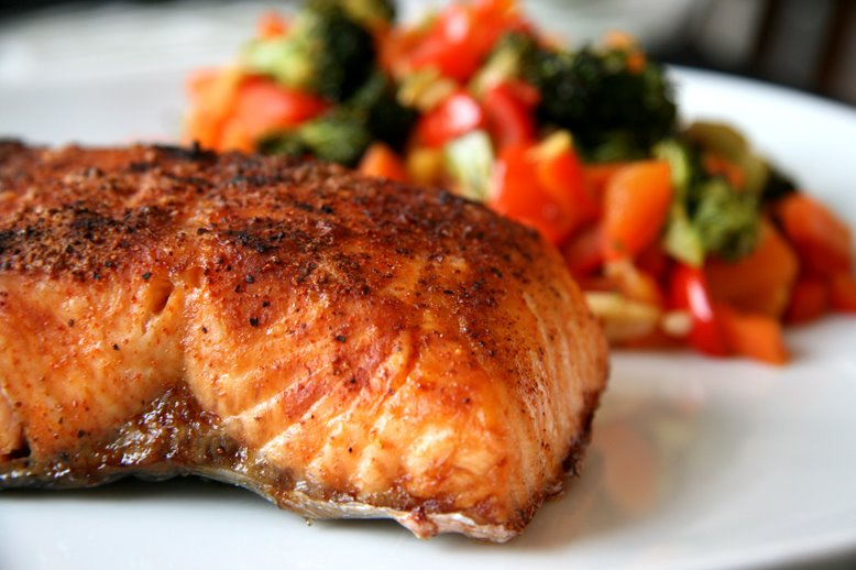 :: CAJUN SALMON WITH ASIAN GREENS