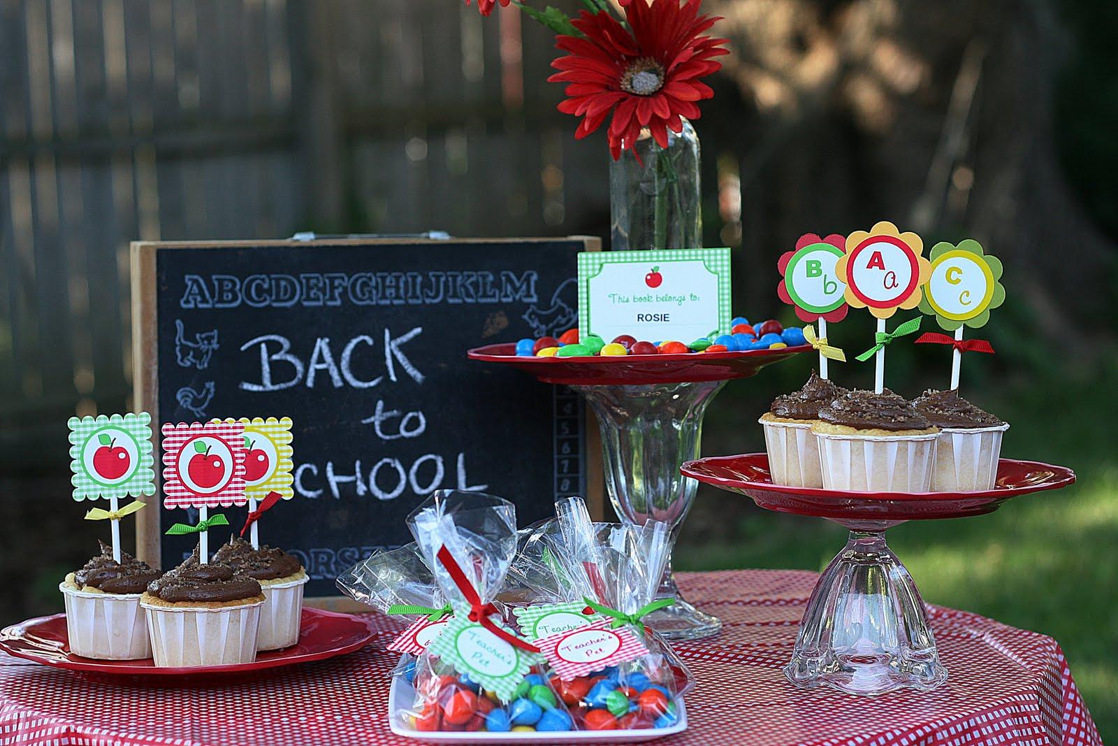 Easy Classroom Back to School Party Ideas - BirdsParty.com