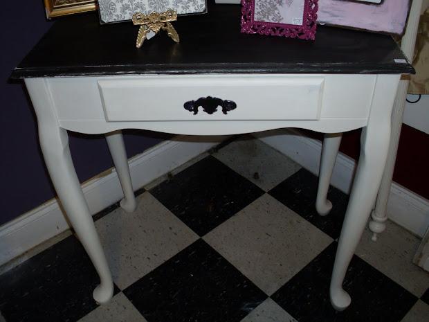 Grace Al Chocolate Brown Cream Vanity Desk