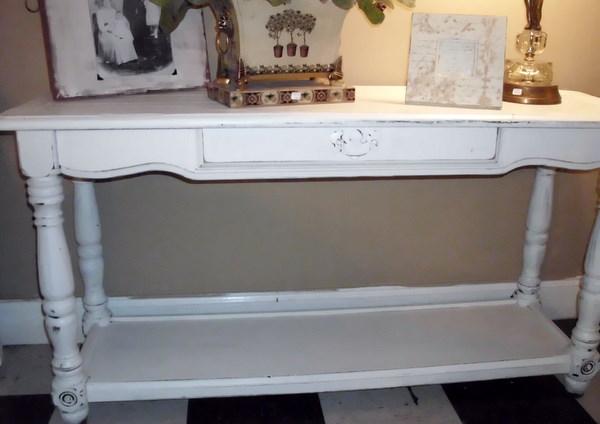 Grace Upon Grace Al: Antique White Sofa/Hall Table
