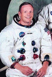 neil armstrong in astronaut uniform - photo #30
