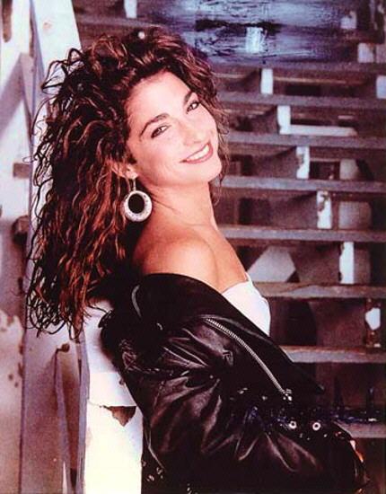 80s WORLD: GLORIA ESTEFAN