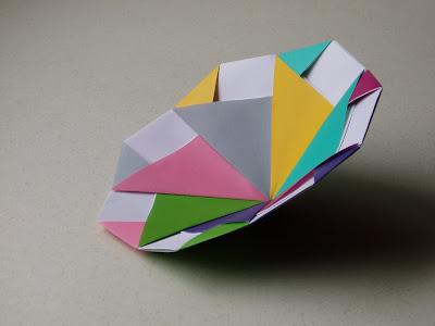 Origami Modular Spinning Top Folding Instructions | 300x400